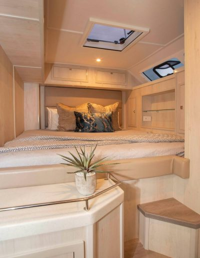 Royal Charters, BVI, Majestic 570 Fly, Barefeet Retreat, Cabin