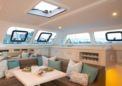 Royal charters, Majestic 570 Fly, Barefeet Retreat, Salon